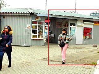 Сдаю 9м2 торговой недвижимости МАФа на Вечернем рынке в Октябрьском