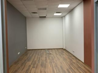 Cдам офис в бизнес-центре, 28м2, с ремонтом