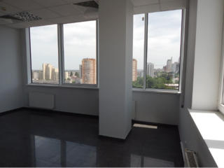 Сдам видовой офис, 103 м2, в бизнес центре
