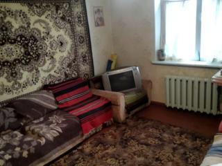 Продам 2 комнаты в ОБЩЕЖИТИИ. КИРОВСКИЙ