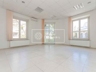 Se dă în chirie oficiu, sec. Centru, str. București intersectie cu ...