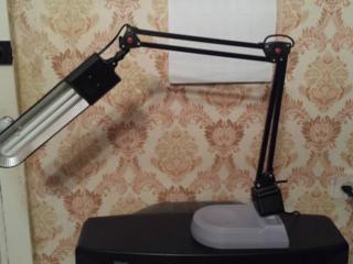 Продается лампа настольная б. у. Не дорого.