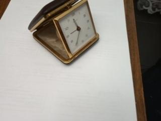 Старинные часы дорожные
