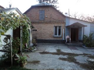 Дом в центре Киева, Батыева гора (Протасов яр), ул. Клиническая№26
