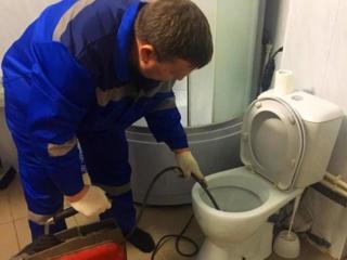Чистка канализации в Кишиневе. Curatirea canalizarii.