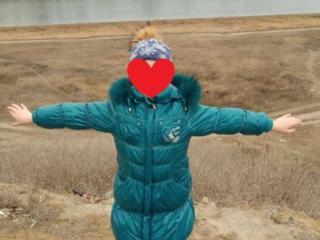 Очень теплая куртка-пальто с красивым натуральным мехом.