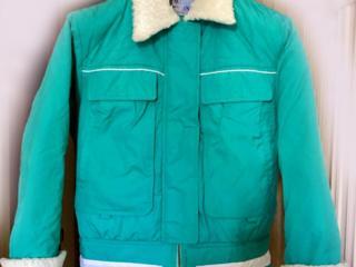 Куртка утепленная размера M