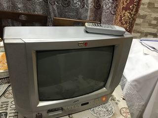Телевизор JVC, 34 см по диагонали