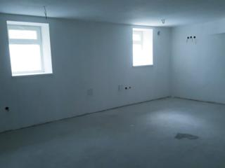 Продам свое помещение 220 м. кв. на ул. Сегедской