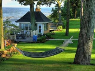 Se oferă chirie gratis casa la sol!! + salariu