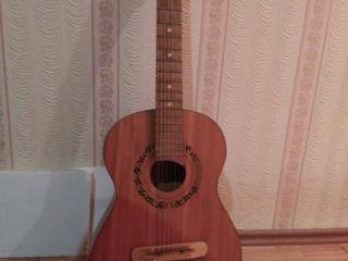 Гитары советские можно для обучения в музыкальной школе!!!!