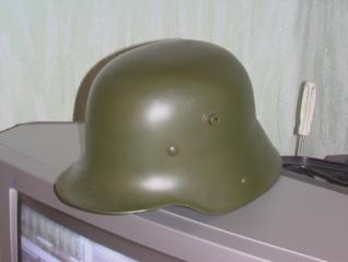 Немецкий шлем М16