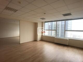 Сдается офис 111м2, Центр, бизнес центр IPTEH, около Maximum,  напроти