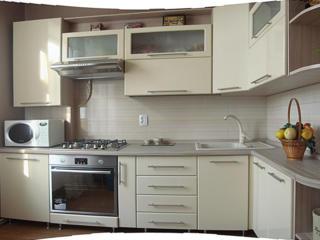 Шкафы-купе, прихожие, стенки, кухни на заказ.