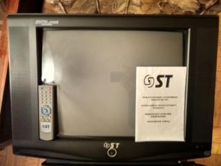 Срочно продаётся телевизор фирмы ST. Чёрного цвета