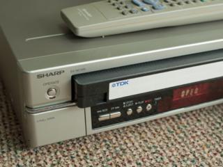 Видео-магнитофон SHARP DV-NC100 Hi-Fi