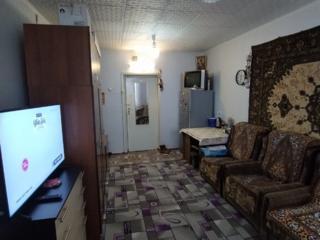 Camera spatioasa cu balcon!