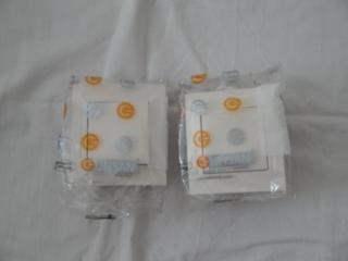 Продам советские и евро розетки, выключатели б/у по 10 и по 5 рублей.