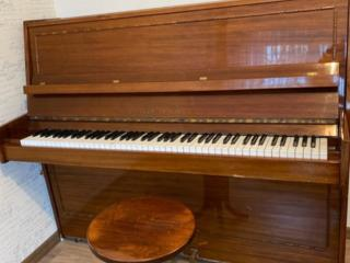Продается пианино Красный Октябрь в отличном состоянии