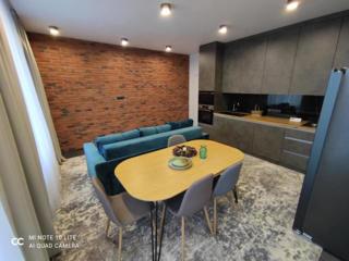 Spre vânzare apartament cu 2 camere + living, sectorul Buiucani, str.