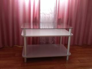 Стеклянный столик для вашей комнаты