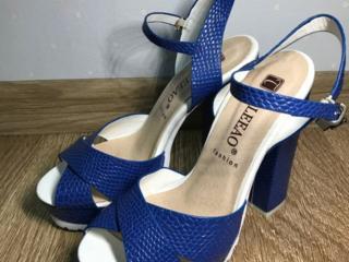 туфли/босоножки 36 размер от 200 лей