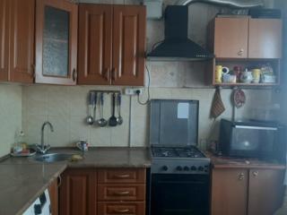 Продаю 2комнатную квартиру в центре
