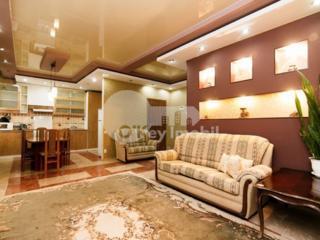 Se oferă spre vânzare apartament cu 3 camere în sectorul Centru. ...