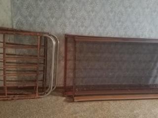 Продам железную кровать 280руб