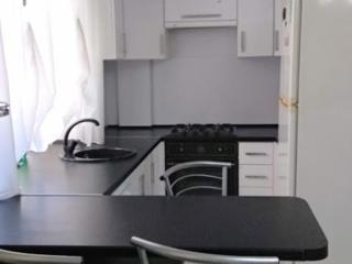 Продается 3 ком. кв с ремонтом и мебелью на Балке