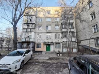 Vă prezentăm un apartament cu 2 camere separate spre vânzare. ...