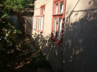Продается глинобитный дом в Слободзее 30 соток у Военкомата.