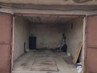 Продам капитальный гараж пос. Новотираспольский