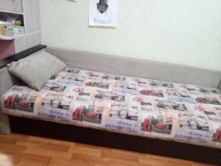 Продам кровать (торг уместен)