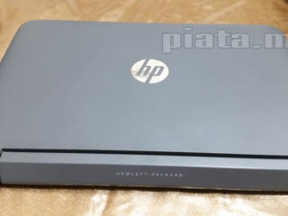 Продам ноутбук HP / 4 ядра 4 потока / SSD / Сенсорный экран