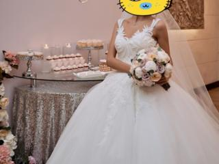 Продается свадебное платье, состояние идеальное