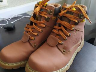 Новые ботинки CATERILLAR