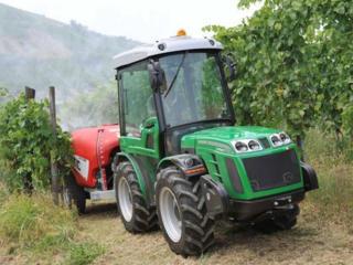 Трактор Ferrari CROMO K60RS почти новый