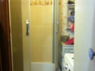 Продам теплую, уютную 2х комнатную квартиру, частично мебель остаётся