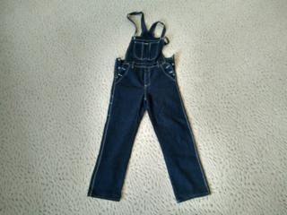 Продам джинсовый комбинезон размер 48-50