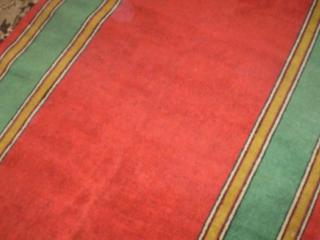 Куплю красную ковровую дорожку б/у 5-7 метров