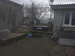 Большой участок с домом. Ул. 40 лет МССР