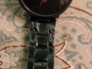 Модные брендовые кварцевые часы (отличная копия)