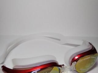 Vând ochelari de înot noi! Продам новые плавательные очки!