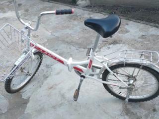 Продам велосипед Салют.