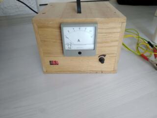 Зарядное устройство для аккумуляторов 12В и 6В (выпрямитель).