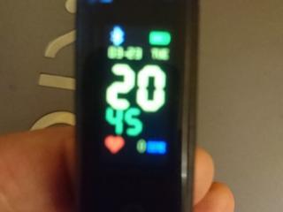 Продам наручные смарт часы, измеряют, ходьбу, пульс, давление и т. д.
