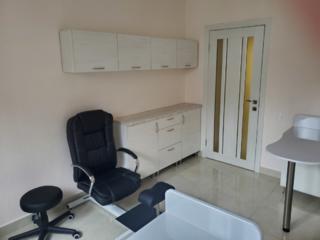 Сдается оборудованный кабинет мастерам маникюра