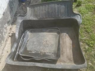 Комплект резиновых ковриков к Жигули 150р