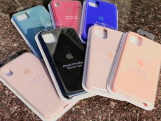 Silicone Case и Leather Case на iPhone